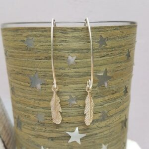 sterling silver feather oval wire earrings